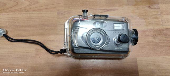 Продам водонепроницаемый фотоаппарат.