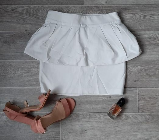 Белая юбка с баской ZARA