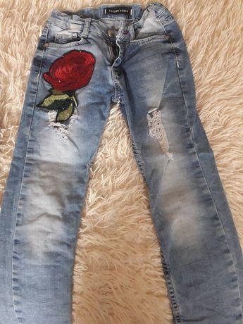ЖІінсові штани на девочку 5- 6 років