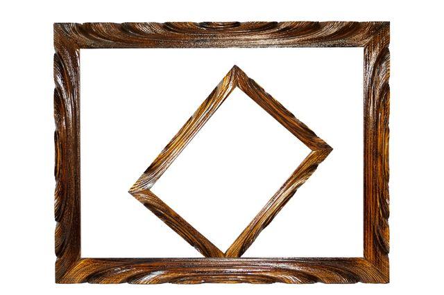 Рамки деревянные, резные, лакированные для картин, фото, вышивки.