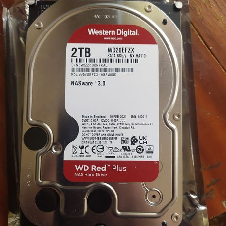 Жёсткий диск Western Digital Red Plus 2 Тб WD20EFZX SATA