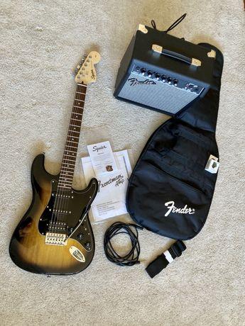 Guitarra elétrica Squier + amplificador - NOVOS!!