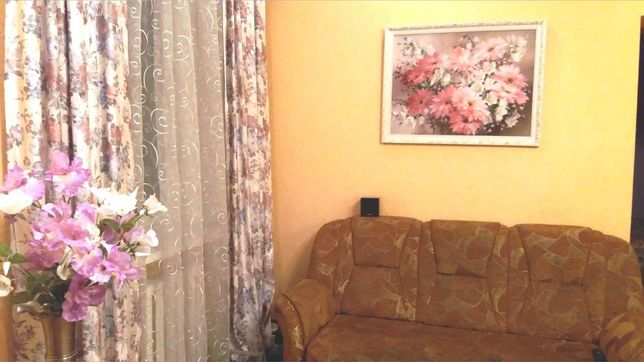 2кв, центр, Пушкина-Ю.Савченко, 3/4эт, сталинка, 60м, отличный ремонт.