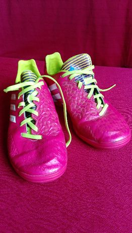 Adidas - R. 35,5