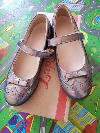 Кожаные туфли 32 размер Lapsi на девочку