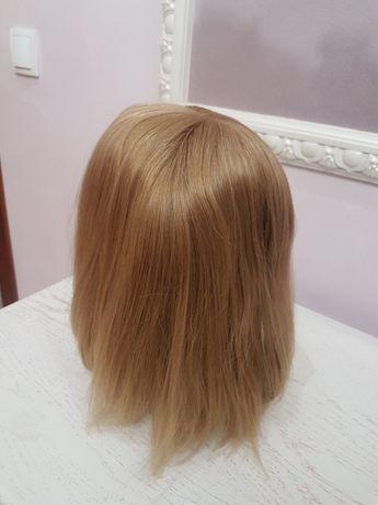 Парик женский из натуральных волос на сетке