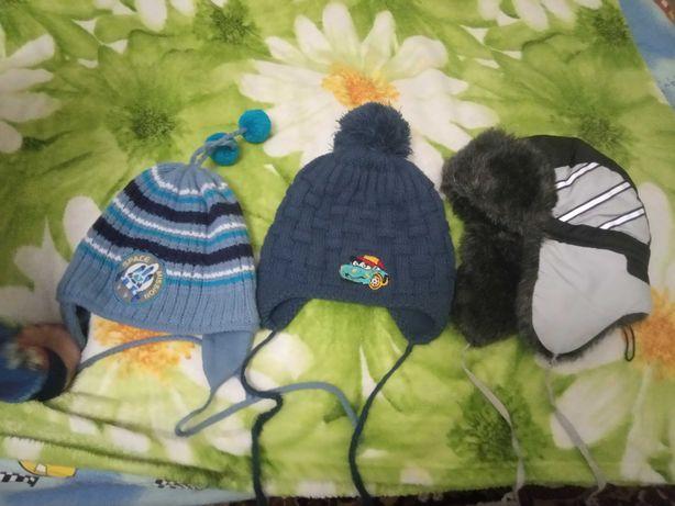 Продам шапочки для мальчика