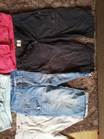 Spodnie młodzieżowe krótkie spodenki