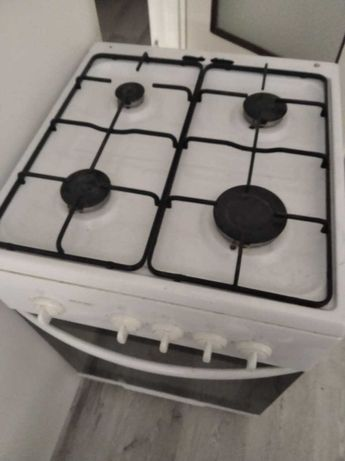 Kuchenka gazowa w dobrym stanie