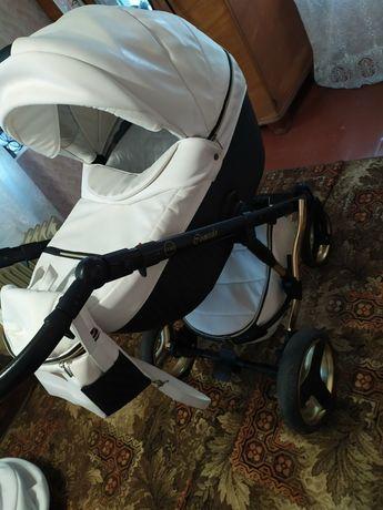 Продам коляску в отличном состоянии