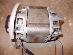 продам электро моторы от стиралок (cccр)