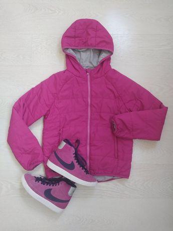 Курточка деми на 9-10 лет для девочки