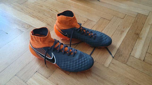 buty do piłki nożnej korki półprofesjonalne nike
