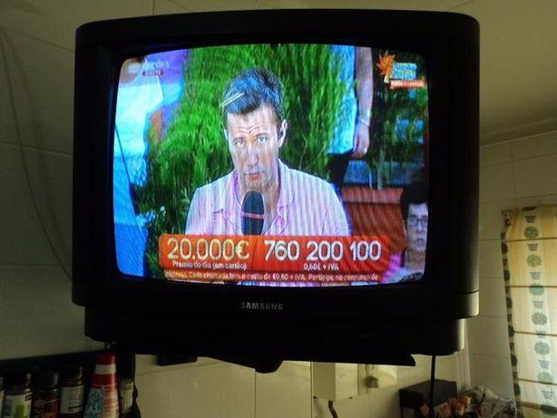 Televisão Samsung 51cm