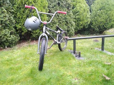 Rower BMX {cena do lekiej negocjacj}