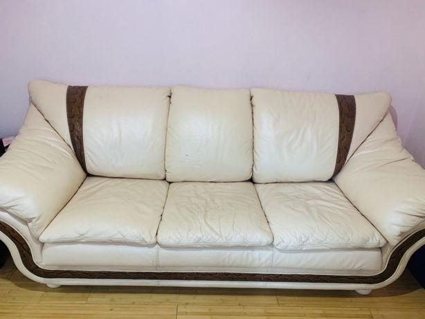 Комплект кожаной мебели