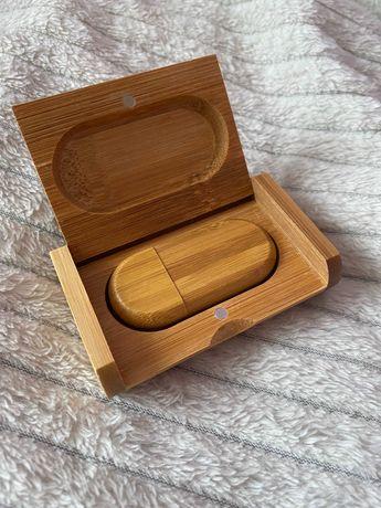 Деревянная флешка в футляре для гравировки