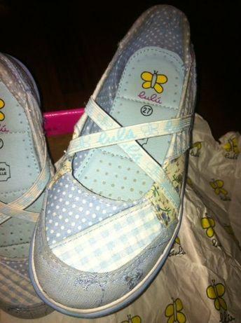 Sapatos de menina da marca Lulu T27