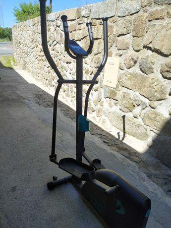 Bicicleta Elíptica Essencial EL 120 DOMYOS