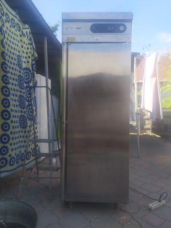 холодильная витрина moreno