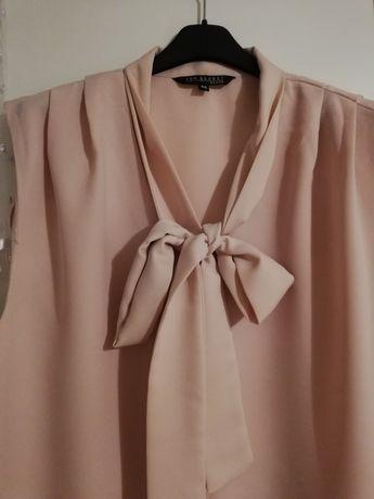 Elegancka bluzka z zaszewkami i wiązaniem