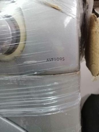 Máquina de lavar roupa Ariston para arranjo ou peças