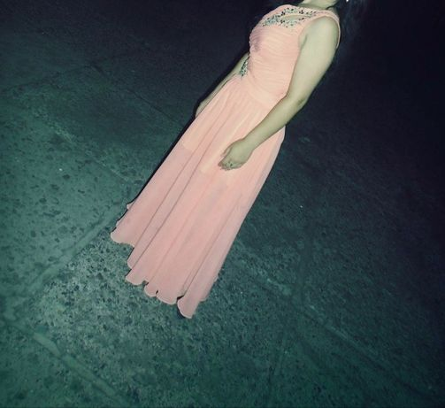 Продам выпускное вечернее платье