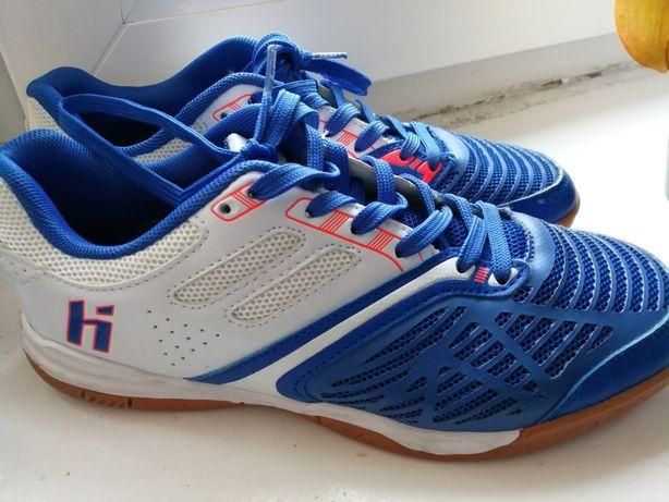Halówki buty piłkarskie do piłki nożnej 38 Huari