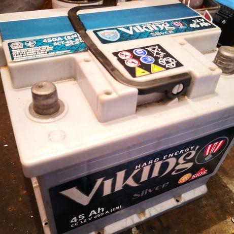 Akumulator samochodowy 45 ah sprawny
