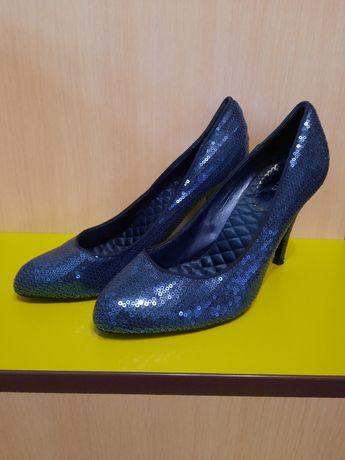 Туфлі в паєтку 39 розмір