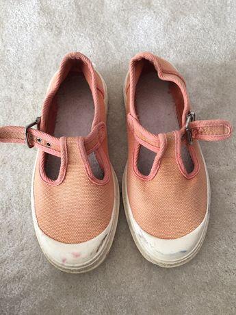 Sapato de fivela 35
