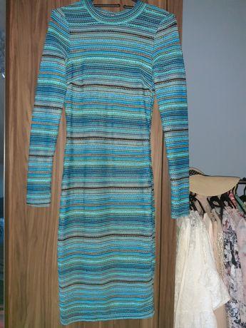 Szydelkowe sukienki midi w delikatne paski, rozmiar 3