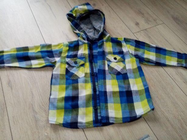 Flanelowa koszula z kapturem r. 92