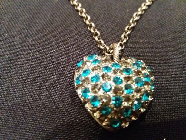 Украшение женское, цепочка с подвеской ' сердце и сережки с сердечками