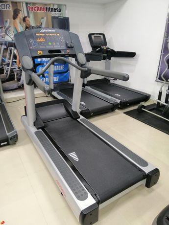 Бігова доріжка Беговая дорожка БУ Life Fitness Precor technogym