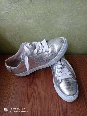 Жіночі черевики ( окфорди)