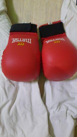 Перчатки для каратэ,кимоно
