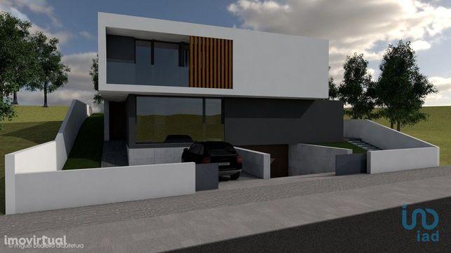 Terreno - 499 m²