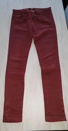 Bershka 34 spodnie