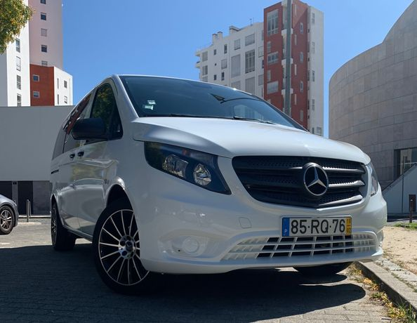 Mercedes-Benz Vito Tourer 111 cdi 9 lugares impecável 90.000kms