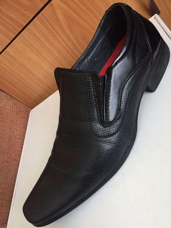 Туфли мужские б/у 42р в хорошем состоянии