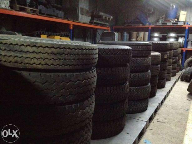 Vendo pneus usados para camião em Portugal