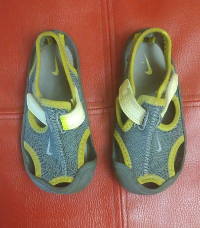 Сандали,босоножки детские Nike