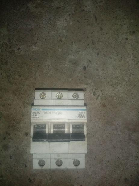 Stycznik 400v hager mu340 c40