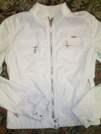 Шкіряна 100%модна куртка