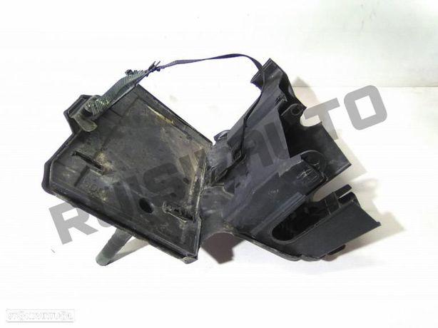 Caixa / Base De Bateria Fiat Bravo Ii 1.4