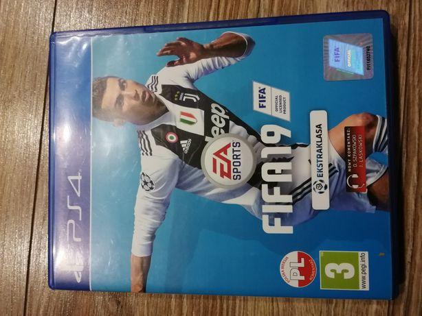 Gra FIFA 19 PS4 jak nowa