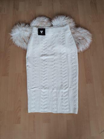 Nowa spódnica, rozmiar L