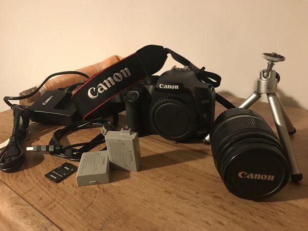 Aparat Canon EOS 1000D z oniektywem EFS 18-55mm
