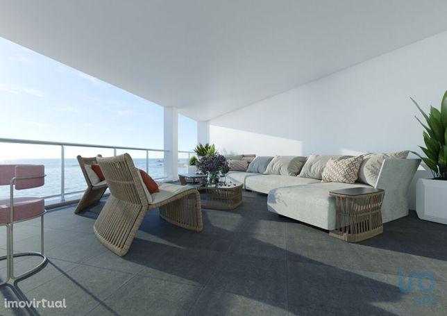 Apartamento - 248 m² - T2